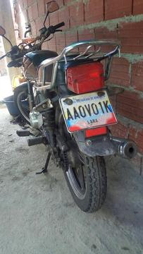Se Vende Moto Decaro Barata