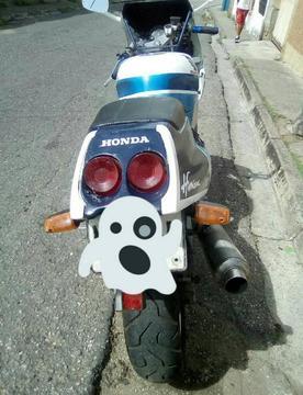 CBR 250 HONDA REMATANDO