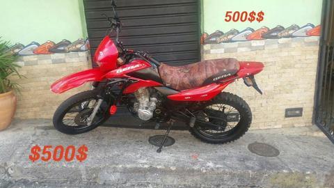 Moto Bera Dt 200
