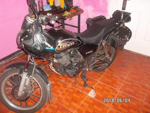 motocicleta marca loncin