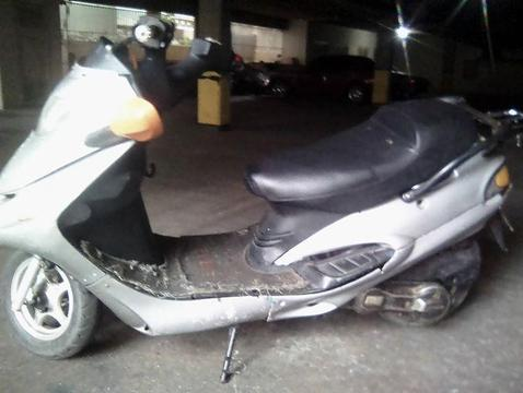 moto empire t9 vendo o cambio por sincronica
