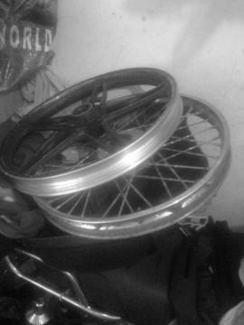 Rin Delantero de Moto Ava