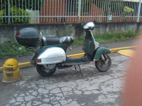 EXCELENTE MOTO VESPA A PRECIO DE OFERTA