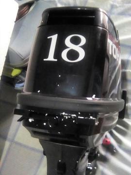Vendo Motor Fuera de Borda 04124110272