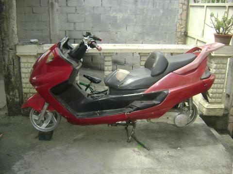 moto automatica para reparar 150CC