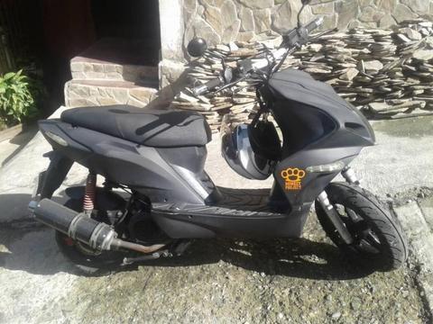 Moto Bera 04241175910