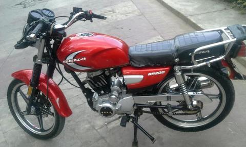 Vendo Moto Bera 200 Buen Precio Poco Dt