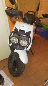 Biwis Ava 150cc Modelo Nuevo